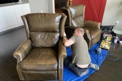 Furniture-repair-specialist-10
